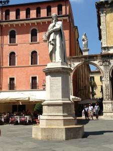 Verona_Dante